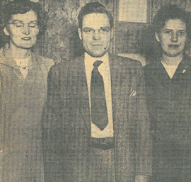 Picture of Olive Lundell, Glen How, and Winifred Parsons in Joliette, Québec.